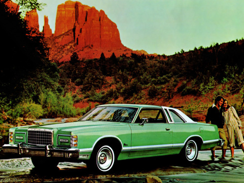 1975 Ford LTD Landau Coupe.