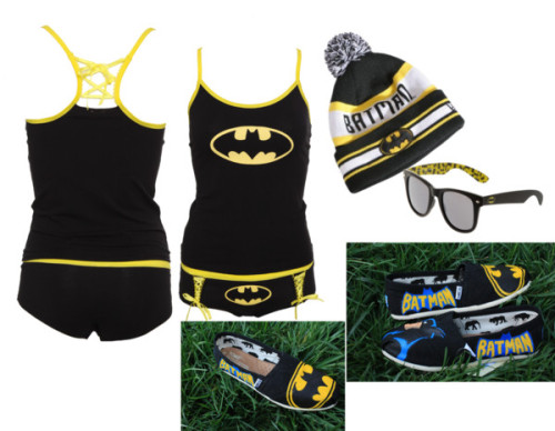 BATMAN SEXX!! Haha :P by biebertantrum featuring acrylic shoesPajamas, $25Pajamas, $25TOMS acrylic shoes, $50TOMS acrylic shoes, $50Retro shades, $5New Era yellow hat, £18