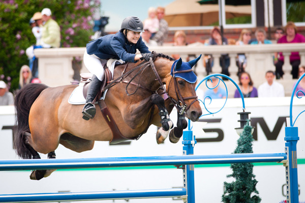 diaryofaworkingstudent:  Lucy Davis and Nemo 119 -Cheval Photos