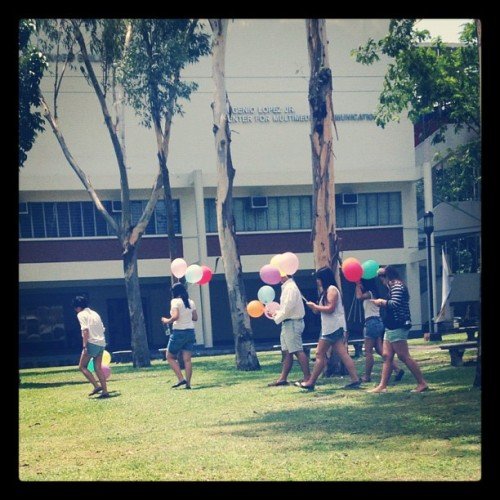 Balloon-wielding Ateneans #happythings (Taken with Instagram)