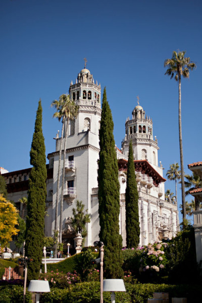 Style Me Pretty: Hearst Castle Wedding