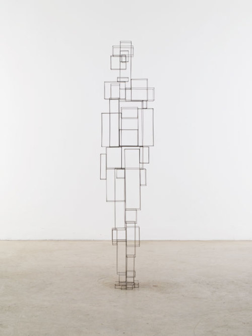 pleuvoir:  Antony Gormley