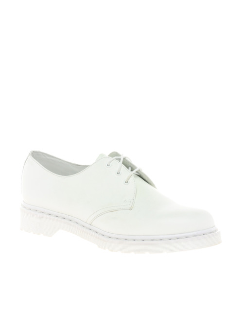 Dr Martens Monochrome 1461 3-Eye Flat ShoesMore photos & another fashion brands: bit.ly/JgPzTx