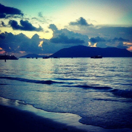 Sáng sớm ở Côn Đảo. #Early #morning in #Condao #island, #Vietnam. (Taken with Instagram)