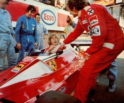 itsawheelthing:  give me my car back …James Hunt & Niki Lauda having some fun at the 1976 Monaco Grand Prix