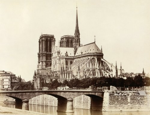 Edouard Baldus, Notre-Dame (Abside), Paris, ca. 1860. Source: Metropolitan Museum of Art