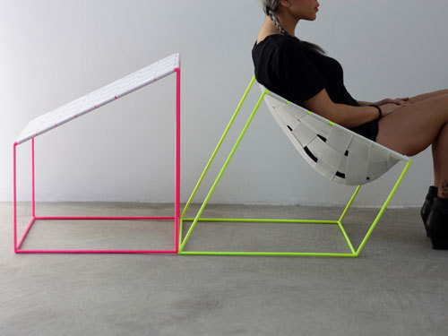 sutekinauso:  Conform Chair by William Lee | Design Milk
