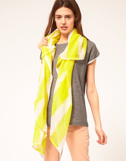 Starstyling Yellow Painted Stripe ScarfMore photos & another fashion brands: bit.ly/JgP0cm
