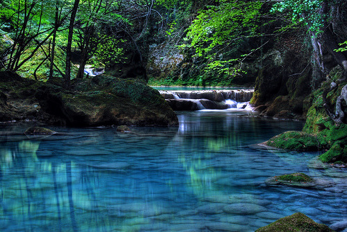 Turquoise River, Navarre, Spain photo by eliminator