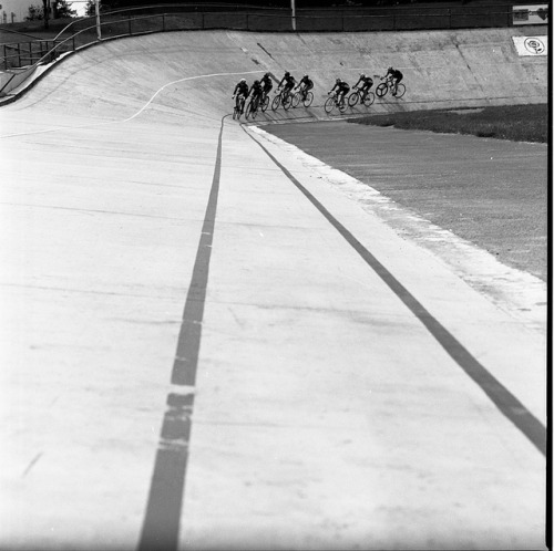 brentonsalo:  team sizzle pie - Alpenrose Velodrome on Flickr.