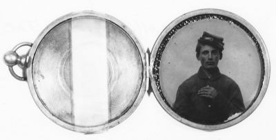 floriental:  Locket portrait of a Vermont soldier (Stowe Locket)