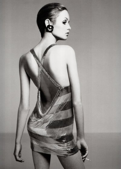 banset:  Twiggy by Richard Avedon, 1967