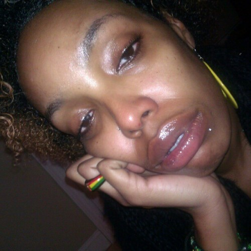 Feeln lyk blah… No make up no nthn #jusplainoldme  (Taken with Instagram)