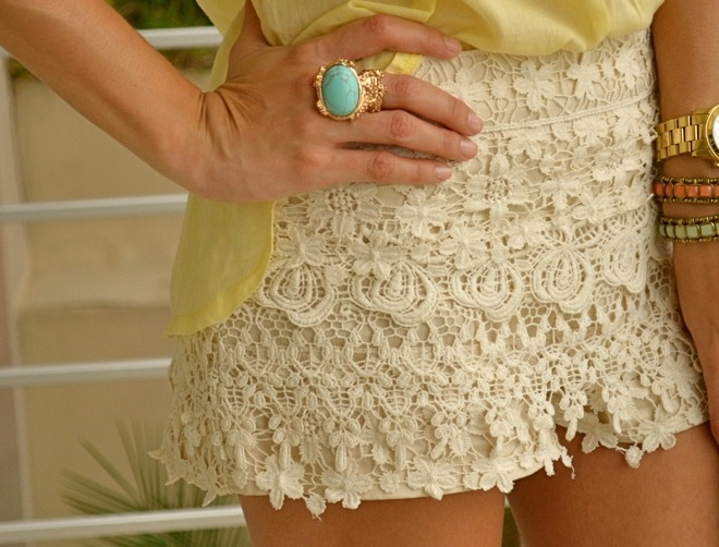 Still love these little lace shorts.. haven't been able to find anywhere.