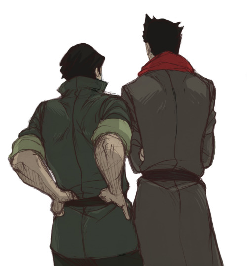 hinokit:  Just wanted to draw their backs…and as usual I mess up their height.