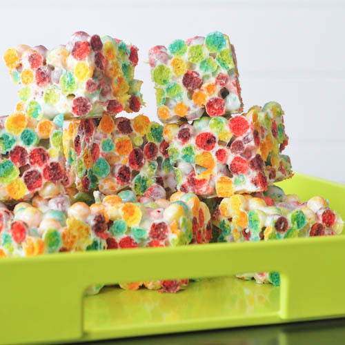 gastrogirl:  orange zested rainbow trix bars.