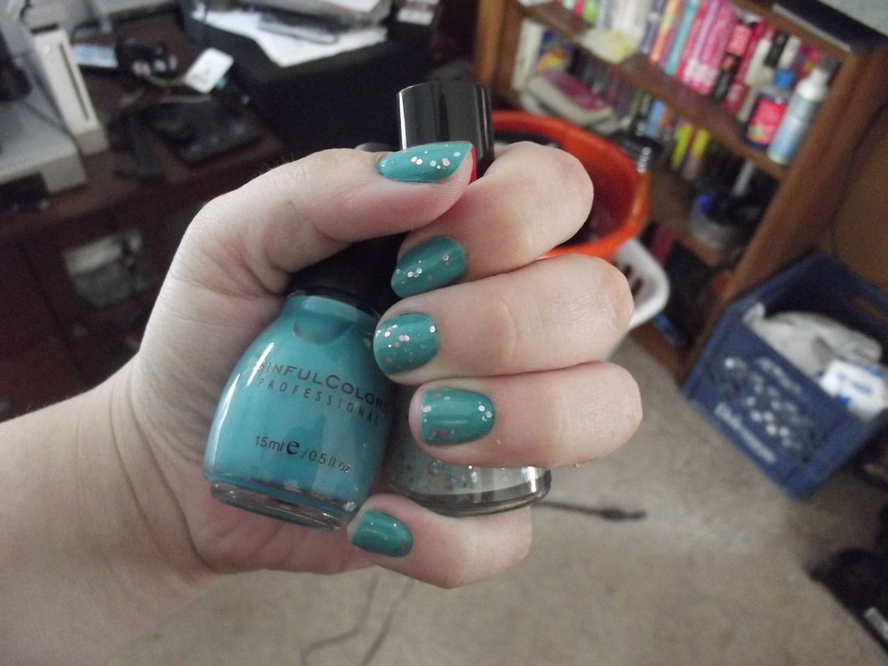 Nail of the day. More pictures and details here on my blog!