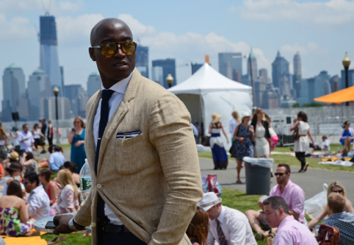 ultrabora-elite:  Street Style at the Veuve Clicquot Polo Classic 2012