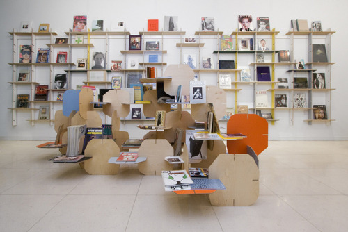 DesignMarketo and Lars Frideen for Idea-books by DesignMarketo on Flickr.
