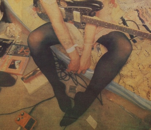 kurtandcourtneydaily:  Courtney Love, 1992.
