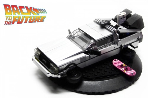 Delorean Propably my final attempt on the famousride from Back to the Future.Took me more than 20 hours to build.Since my last attempts i thought it would be nice to fix the color.Pretty tricky with that amount of metal silver bricks.But they were just there.Except for the one snot piece for sure.Another big issue for me this time was to figure out that foldable wheel problem.Wasn´t easy but i think the time was worth it doing it.Sad that even it is the right scale for minifigs,they looked to small next to it.Good ´ol minifig scale curse.