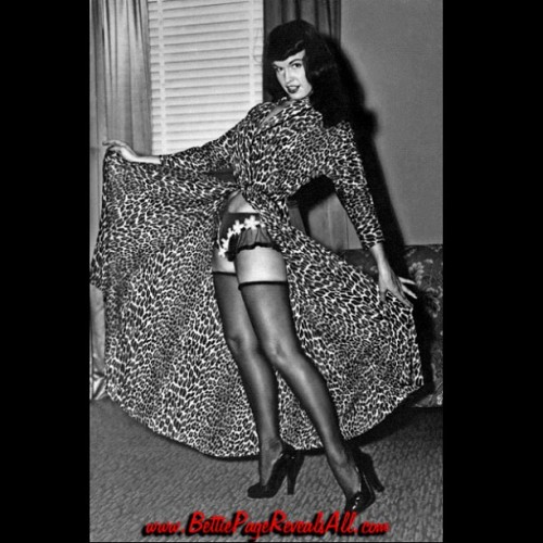Love Bettie in this leopard print robe? Find out who else did too in Bettie Page Reveals All  ;) Pre-order the DVD @ www.BettiePageRevealsAll.com. Happy Tuesday sweeties !!! #BettiePageRevealsAll #Betty #bettiepage #vintage #pinup #rockabilly #fetish #bondage  (Taken with Instagram)