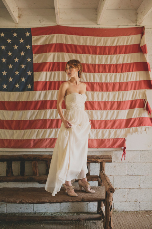 fuckyeahweddingideas:  Happy 4th of July my lovely followers, hope everyone has a safe one :)