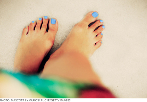 Check out the prettiest pastels for tanned toes!