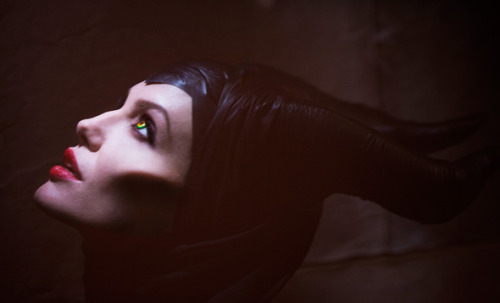 keyworldwide:  Angelina Jolie as Maleficent