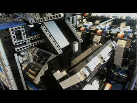 BrickIt - Dynaway Sorting Plant Oh it's just a Lego brick sorting plant…made out of Lego. It can sort based on shape and color.