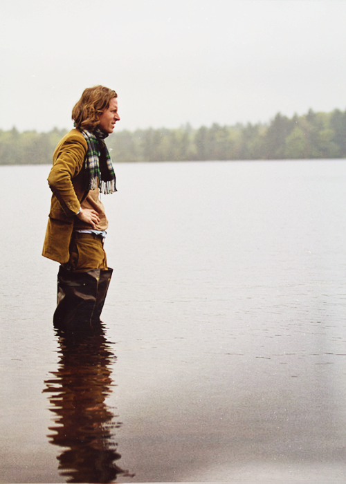 thesigother:  fuckyeahdirectors:  Wes Anderson on-set Moonrise Kingdom, Photographed by Niko Tavernise.  Spectacular.