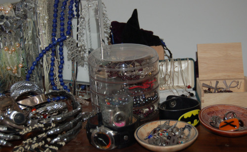 I organised my jewellery last night, and…yeah, I really need a system. At least I'll remember what I own (and which earrings are missing half the pair) for the next week or so, but this is not practical. What's the best way to store my jewellery given I don't have any more countertop space than just that?
