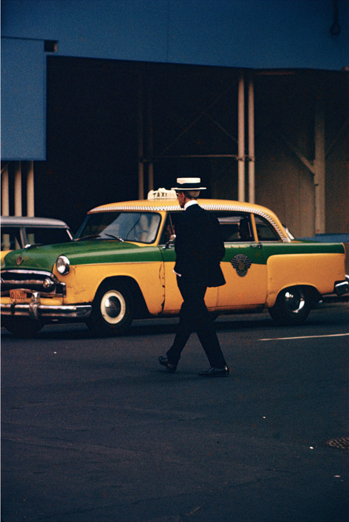 earlycolour:  Saul Leiter, Man with Straw Hat, c.1955© Saul Leiter. Courtesy Howard Greenberg Gallery, New York