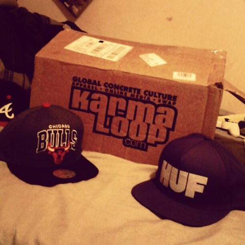 Thou shalt stay fresh :) #teamkarmaloop #huf #mitchellandness #vans #fashion #instafresh #snapbacks (Taken with Instagram)