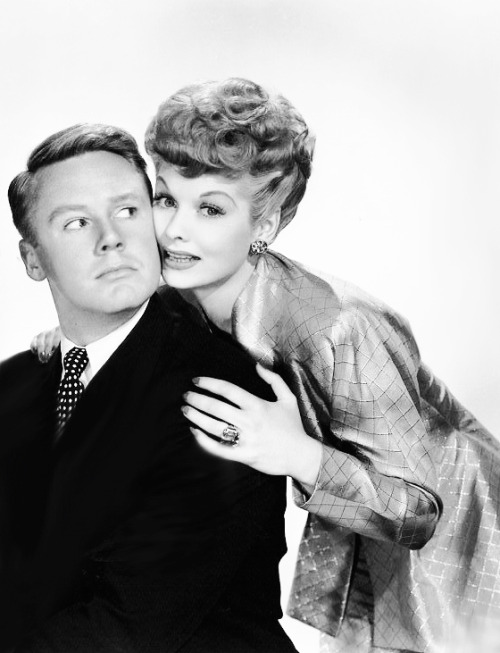 Lucille Ball and Van Johnson photographed for Easy to Wed, 1946