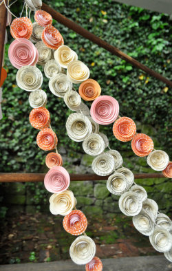 Paper Flowers Garland from the lillesyster etsy shop