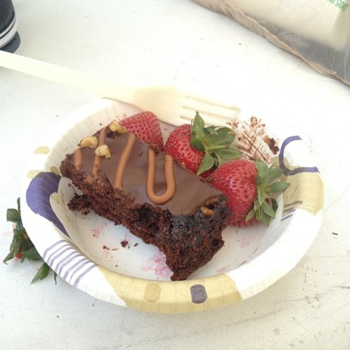 😁 #Cake and #strawberries for Lamberghini. Thanks, buddy! 🍰 #chocolatecake #lambo #rxcketeer #birthday  (Taken with Instagram)