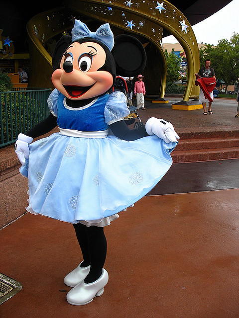 friendofthemouse:  Minnie Mouse by disneylori on Flickr.