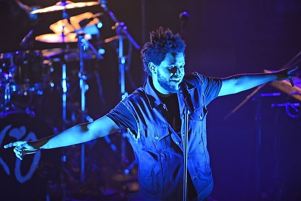 Abel Tesfaye bKa THE WEEKND performs at Revolution in Fort Lauderdale, FL which is a pretty cool live performance venue! xo @RozOonThego