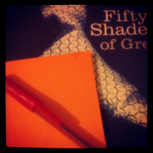 #stickynotes and pen in hand to take notes as I'm reading ;) #fiftyshadesofgrey (Taken with Instagram)