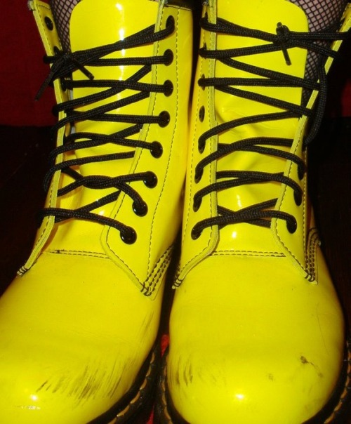Brand,Bright,Doc martens,Fashion,Fishnets,Happy,Shiny,Yellow,Punk,Shoes,