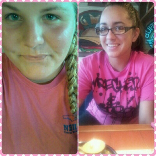 Matching without trying. #matching #hotpink #chilis #smiles #girls #bestfriend (Taken with Instagram)