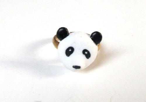 clashesbutmatches:  Panda Animal Ring- Handmade by Ify
