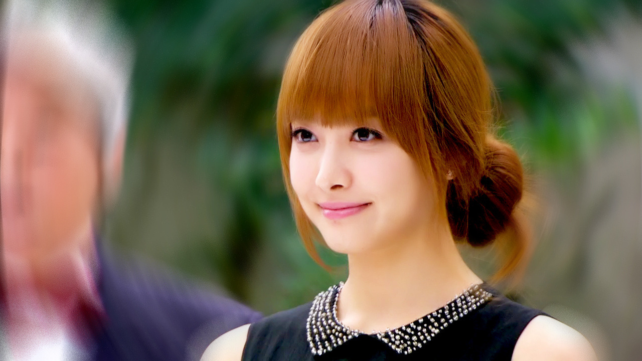 "welovevictoria:  [EDIT] 120619 ""When Love Walked In"" Trailer Cr: 不辞冰雪为茜热"