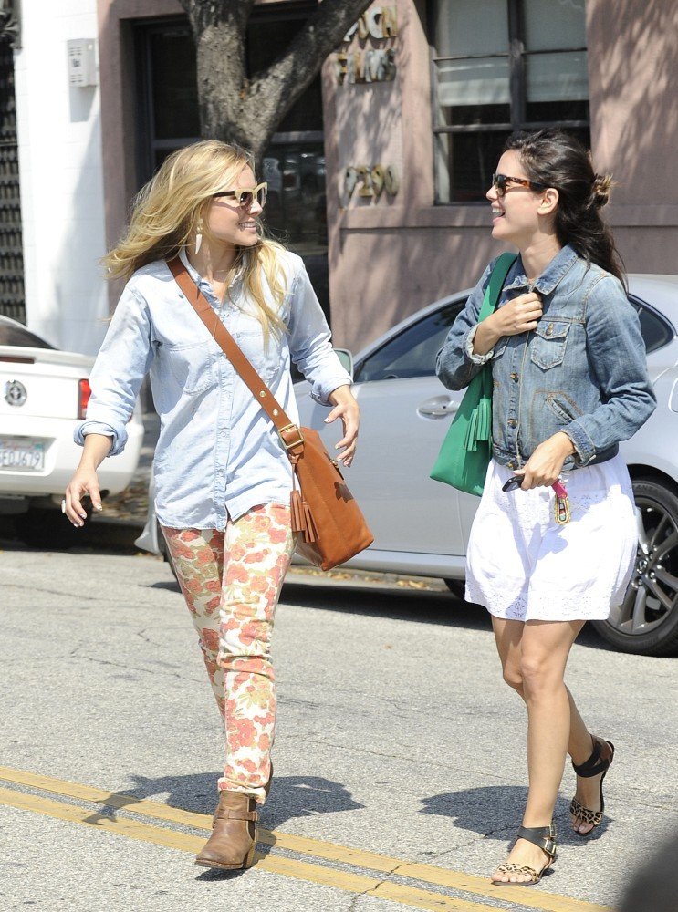 Kristen Bell In Paige Chello Skinny Jeans & Rachel Bilson In Gap Denim Jacket on @LoLoBu - http://lolobu.com/o/6539/