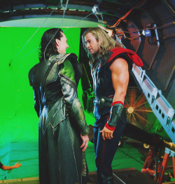 hiddlestonisthegodofmischief:  Hey, guys! Can we film the scene now, please?