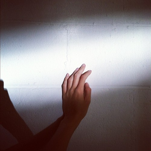 amandajas:  #ahanda at work (sneaking off to play in the light) (Taken with Instagram)