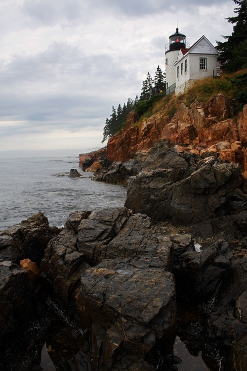 uoa:  Bass Harbor Head Lighthouse (by Robby Edwards)