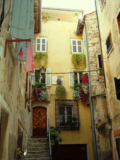 Side Street, Rovinj, Croatia photo via ysvoice