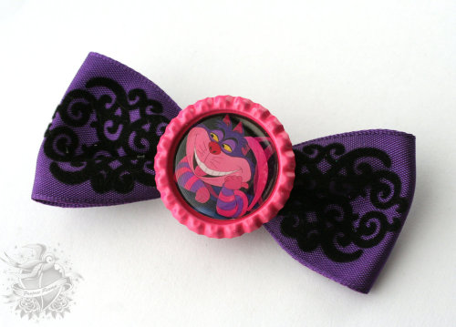 Cheshire Cat Hair Bow $8  https://www.etsy.com/listing/102522134/alice-in-wonderland-cheshire-cat